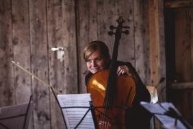 cello-382
